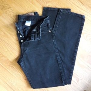 Red tag Levi's 501
